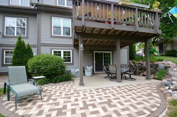Expanded Paver Patio (photo 4)