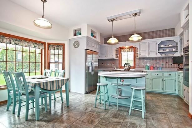 Updated Kitchen! (photo 4)
