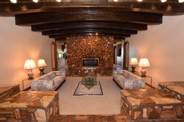 Sunken Living Rm w/ Fireplace (photo 3)
