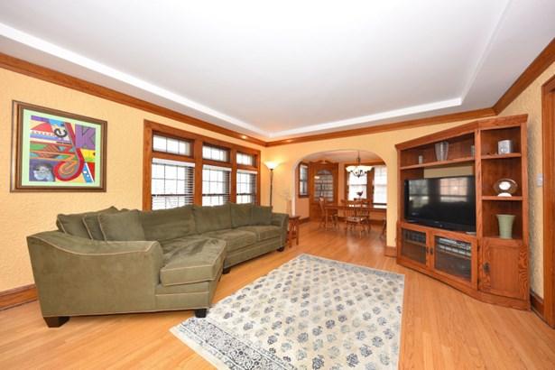Beautiful Hardwood Floors (photo 3)