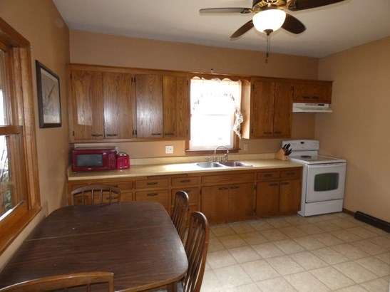 All Appliances Included! (photo 4)