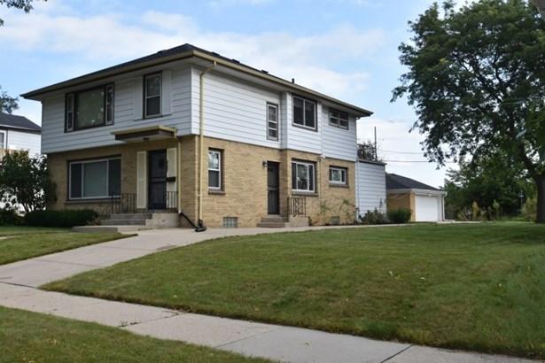 Large Updated Duplex (photo 1)
