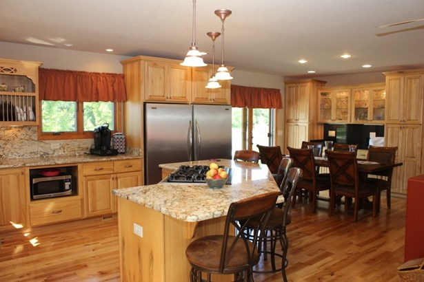Open Kitchen and Dinning (photo 4)