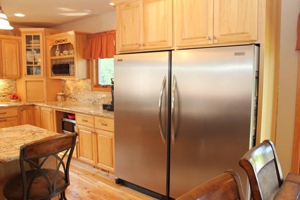 Full Size Fridge & Freezer (photo 5)