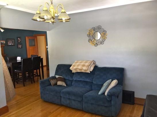 Living room (b) (photo 3)