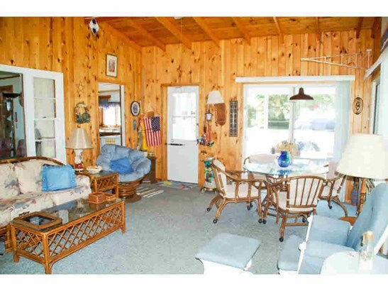 Sunroom (photo 4)