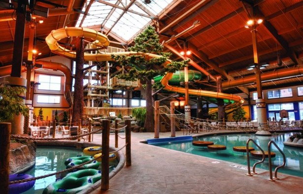 Water Park (photo 4)