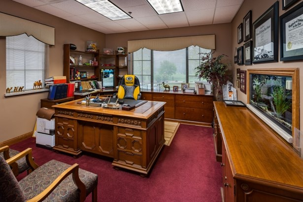 Private Office (photo 5)