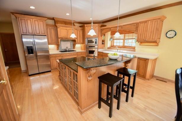 Gorgeous Kitchen (photo 5)