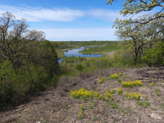 Private Coldspring Lake (photo 1)