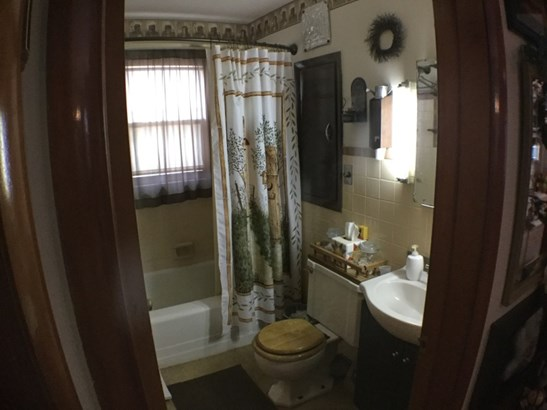 Master Bedroom/Walk in Closet (photo 5)