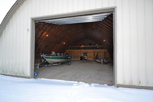 60X45 Garage (photo 5)