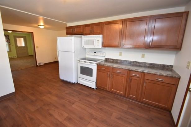 Kitchen Lower (photo 2)
