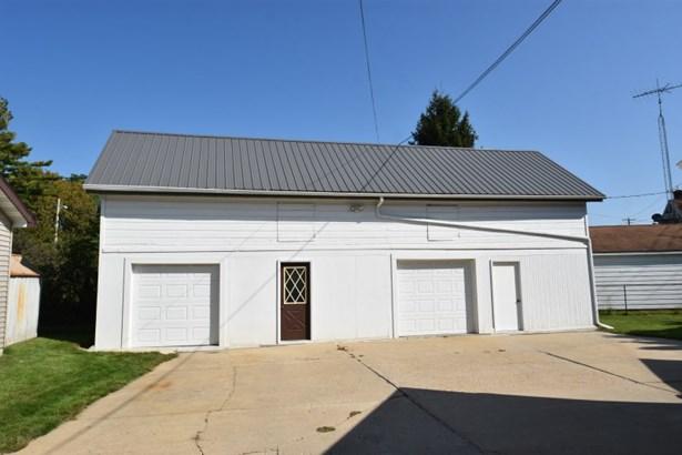 Garage with Storage Above (photo 3)
