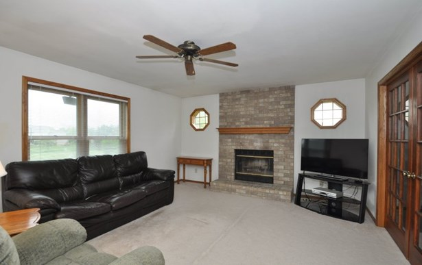 Natural Fireplace (photo 3)
