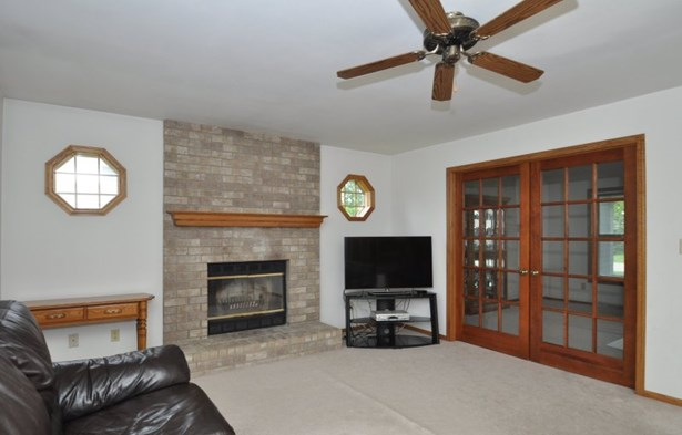 French Doors to Living Room (photo 5)