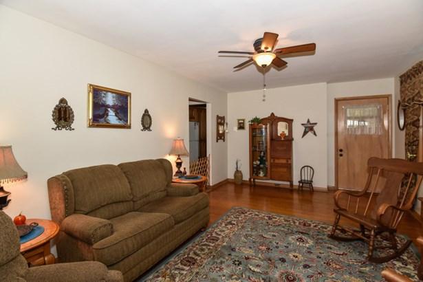 Cozy Living room View 2 (photo 3)