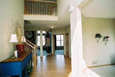 model foyer (photo 5)