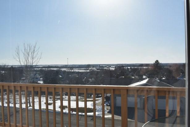 Main Level Panoramic View (photo 2)
