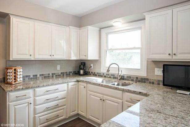 NEW Kitchen! (photo 2)