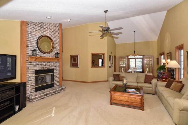 Spacious Open Living Room (photo 5)