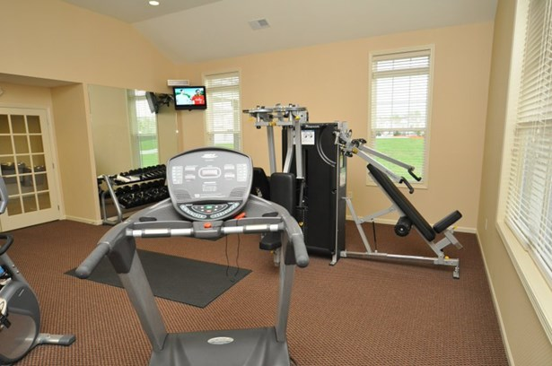 Workout Room (photo 5)