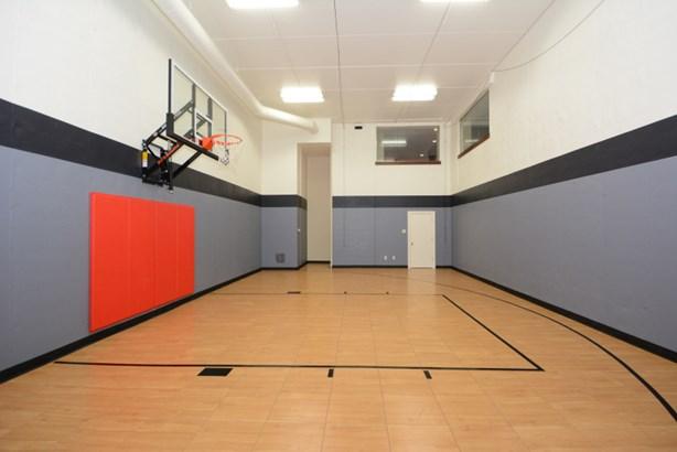 Basketball Court (photo 1)
