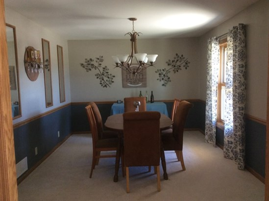 Dining Room Off Kitchen (photo 3)