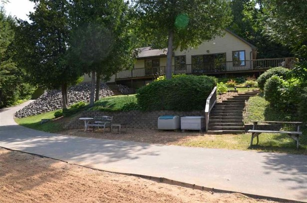 10281 County Road G (photo 1)