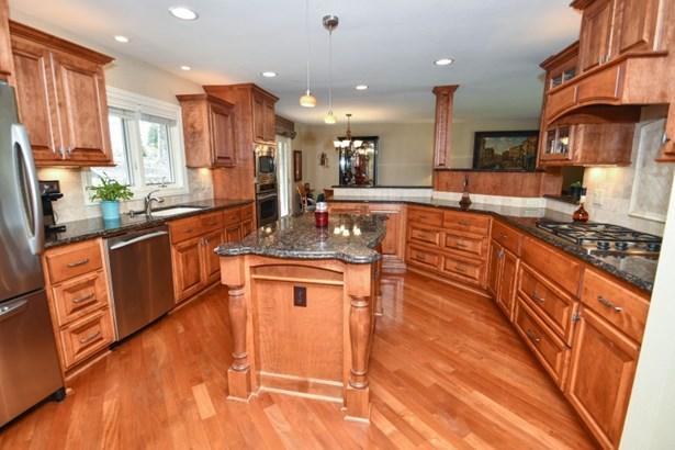 A Dream Kitchen! (photo 3)