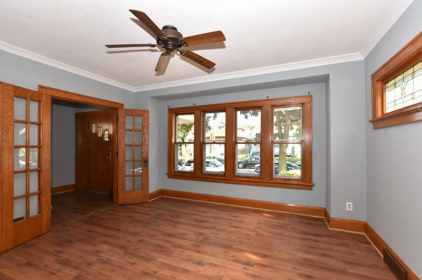 Living Room View 3 (photo 4)