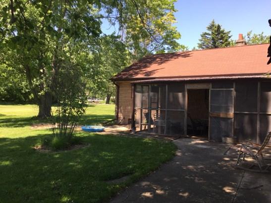 Attached Garage w/ Breezeway (photo 3)