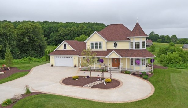 Welcome Home! (photo 2)