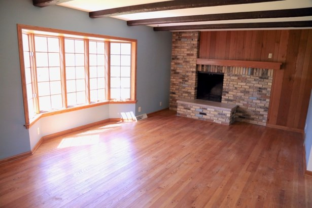 Family Room w/ NFP (photo 3)