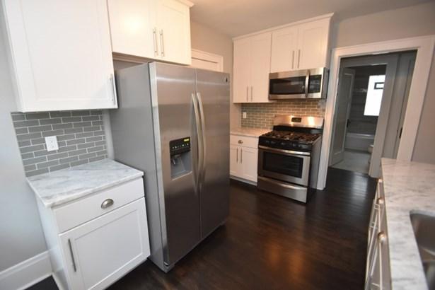 Main Floor Kitchen (photo 4)