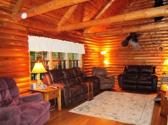 Great Room (photo 2)