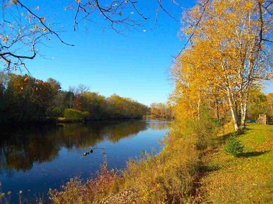 Oconto River Back Yard! (photo 5)