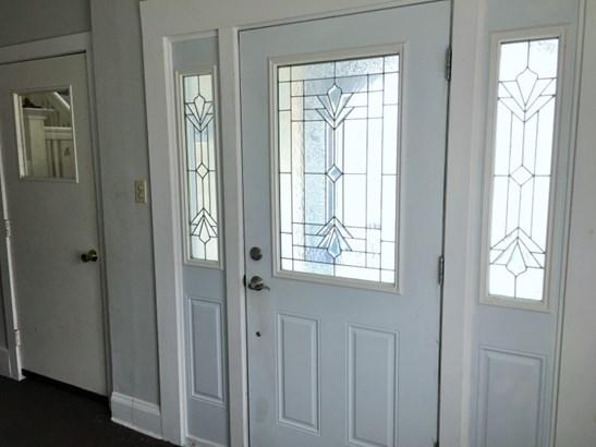 Foyer Entrance (photo 3)