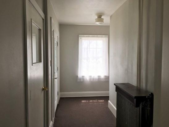 Entrance to both units (photo 4)