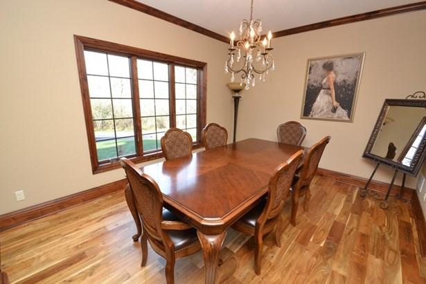Dining Room (photo 3)