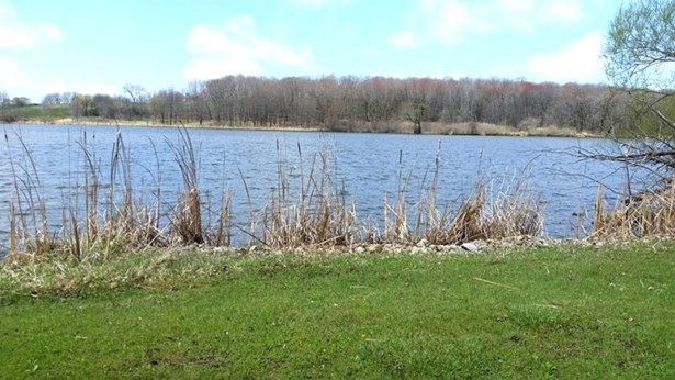 View of the Lake (photo 4)