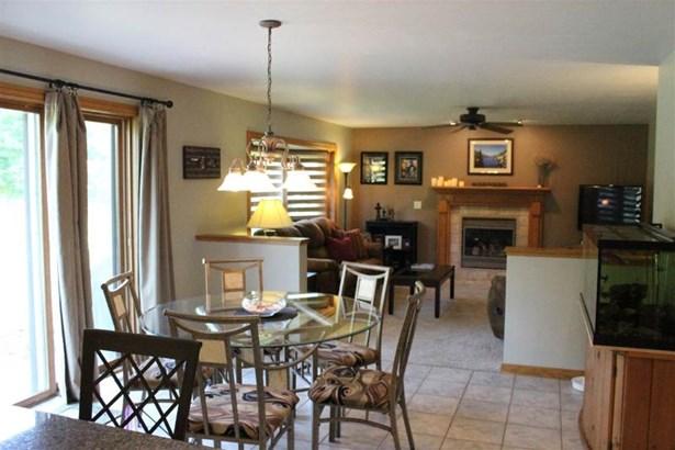 Kitchen into Family Room (photo 5)