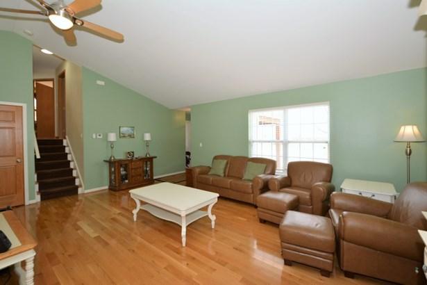 Real Hardwood Floors (photo 5)