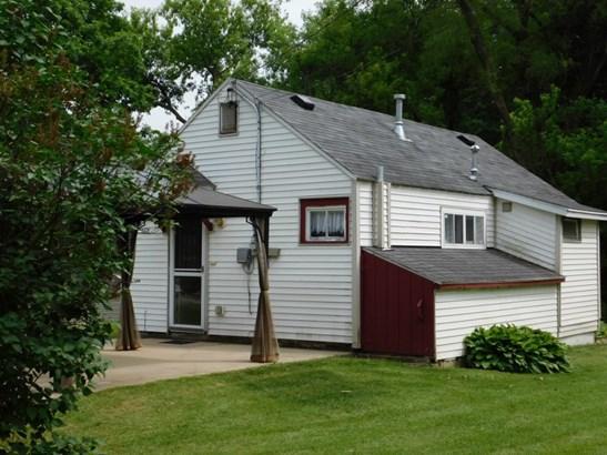 Cottage (photo 3)