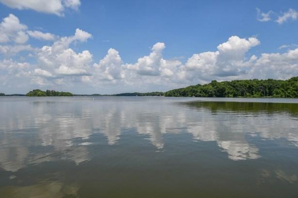 Lakeside of Condo
