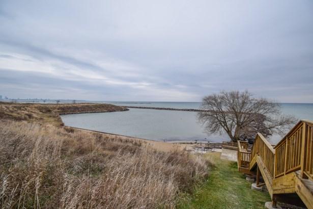 Harbor (photo 2)