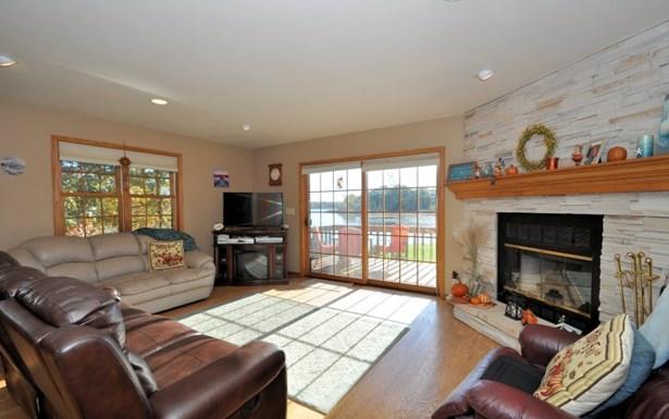 Cozy Fireplace (photo 4)