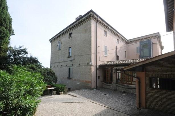 Perugia - ITA (photo 1)