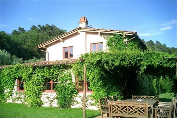 Lucca - ITA (photo 2)