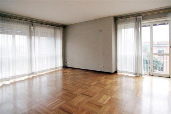 Via Ippolito Nievo, Apartment, Milano - ITA (photo 3)